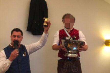 Verleihung der Siegertrophäen: Fuchs Knecht und CB.